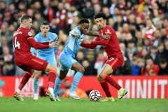 Liverpool dan Manchester City berbagi poin setelah berakhir imbang 2-2